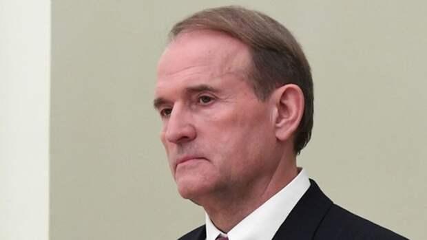 Киевский писатель Лесев заявил, что от Зеленского не ждали «махрового беспредела»