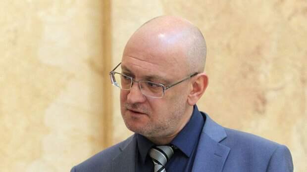 Резника заподозрили в незаконной помощи родственнице с элитным жильем в Петербурге