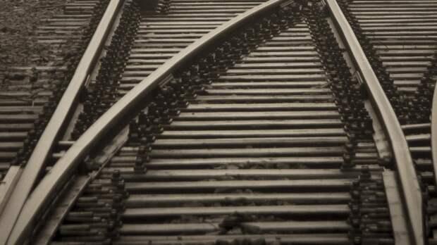 Значительное превышение скорости стало причиной схода поезда с рельсов в Египте