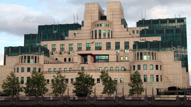 Нарышкин рассчитывает на личный контакт с главой британской разведки МИ-6