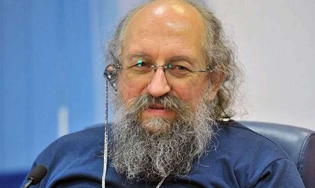 Вассерман разъяснил скандальное заявление Невзорова о России