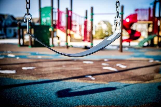 Установленные в Ижевске детские площадки бесплатно передадут жителям