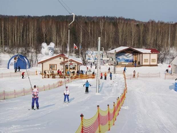 Малиновка зима, курорт, лыжи, отдых