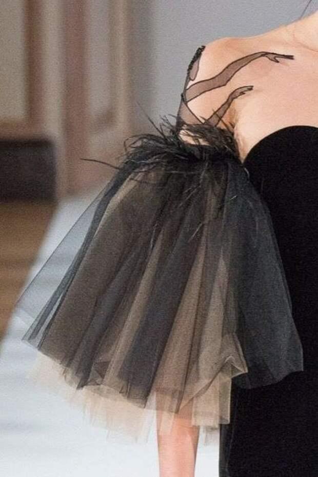 Балерина на плече
