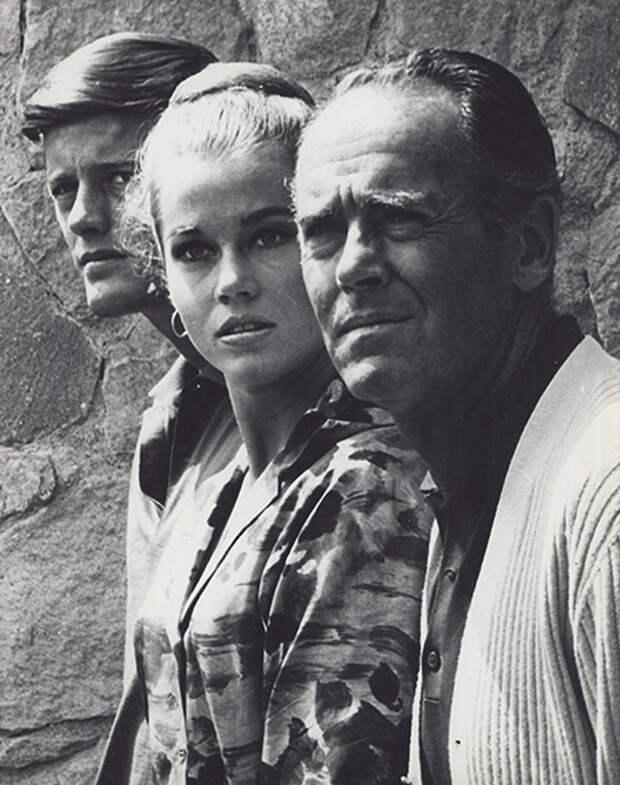 Джейн Фонда с отцом и братом