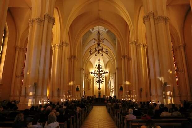 Органный концерт «Вокруг Баха. Орган и старинные инструменты» в Римско-католическом Кафедральном соборе