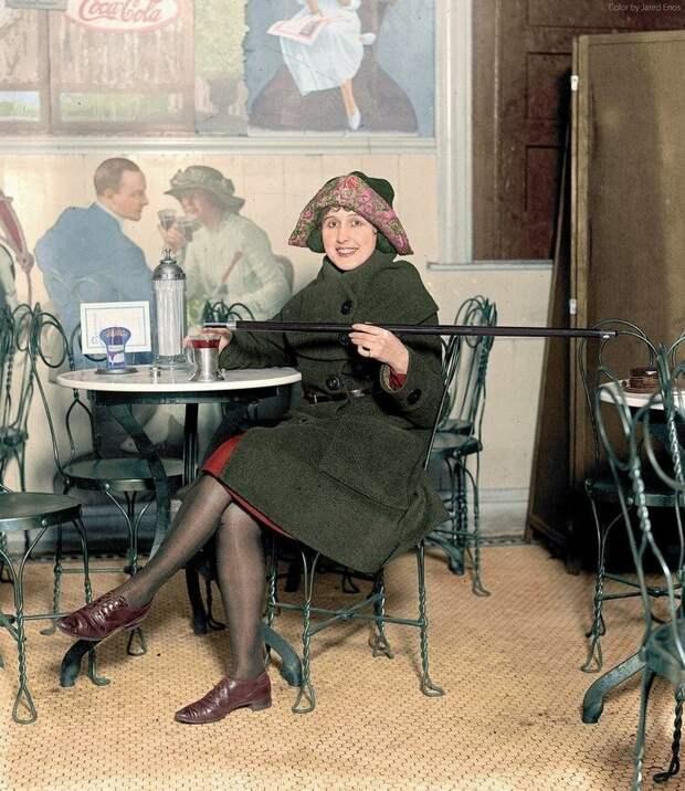 Трость для алкоголя во времена Сухого закона; CША, 1922 год.  история, люди, фото