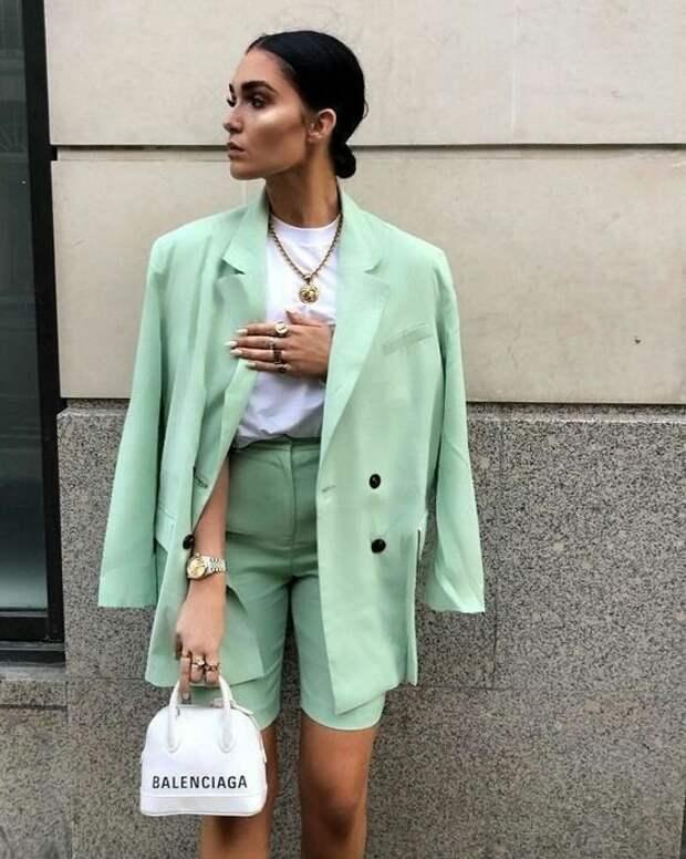 С чем носить мятный – модный весенний цвет 2021