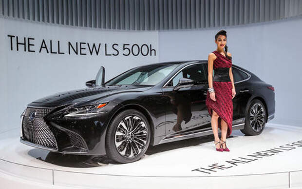 Новый Lexus LS предстал в Женеве в гибридном исполнении 500h