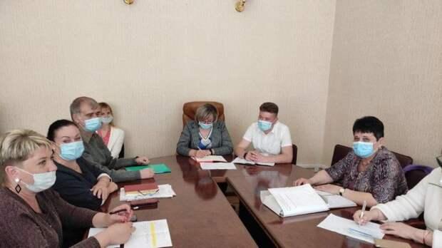 Сотрудники Министерства провели совещание с руководителями подведомственных учреждений