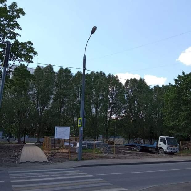 Сквер на Туристской благоустроят к осени