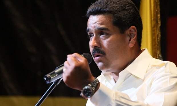 Президент Венесуэлы отказывается признавать ошибки в экономике