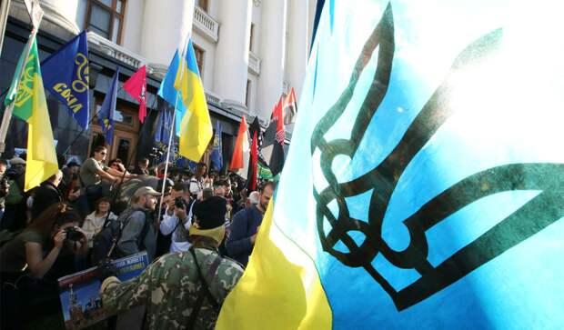 """""""Эти случаи с убийствами, избиениями, унижениями — лишь вершина айсберга"""". СМИ рассказали, как поляки издеваются над приезжими с Украины"""