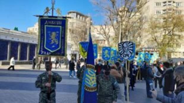 «В мой город вошла дивизия СС»: украинцы комментируют так называемый марш вышиванок в Киеве