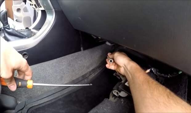 Как почистить автокондиционер своими руками за 10 минут