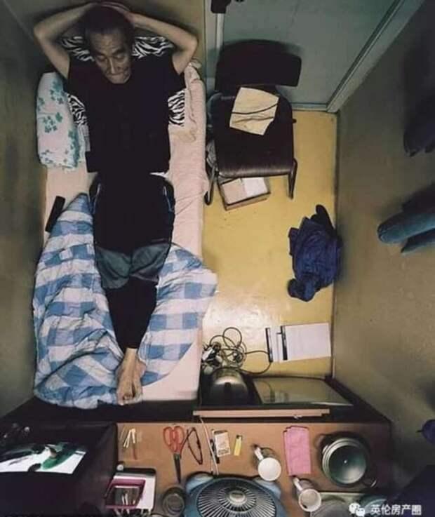 Как живут корейцы в комнатах 2 на 2 метра: фото-история сеульского фотографа Сим Кю-донга (10 фото)