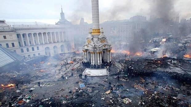 Путин назвал организаторов переворота в Украине