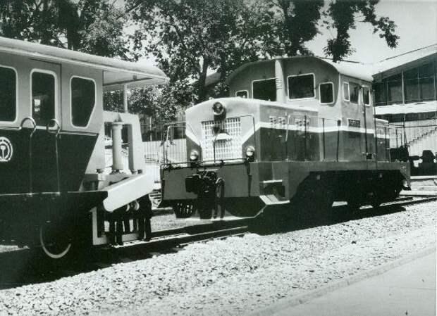 Поезда, сделанные на электровозостроительном заводе