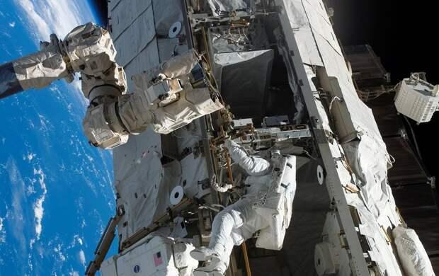 Российским космонавтам увеличили зарплату: сколько теперь они будут получать