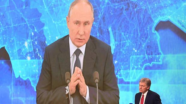 Песков объяснил ежедневное присутствие Путина в телеэфире