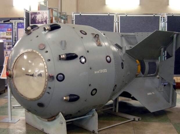 Первая советская атомная бомба строилась по американским чертежам. /Фото: mk.ru