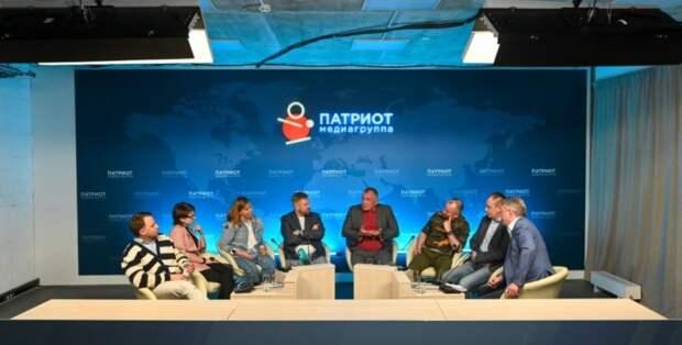 Журналисты и блогеры встретятся в пресс-клубе «Петербургский уикенд»