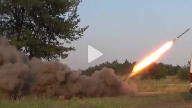 Захарченко: У ДНР уже не ополчение, а настоящая армия