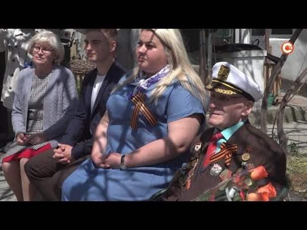 «Единая Россия» поздравляет ветеранов Севастополя с днем Великой Победы (СЮЖЕТ)