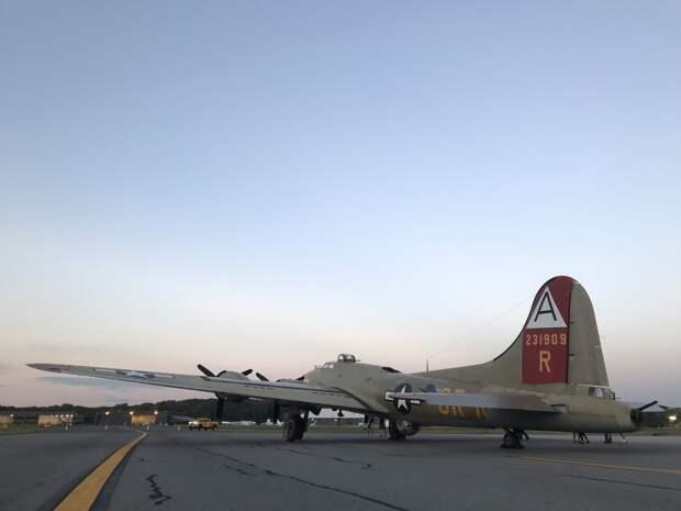 На леднике в Исландии оттаял бомбардировщик времён Второй мировой войны