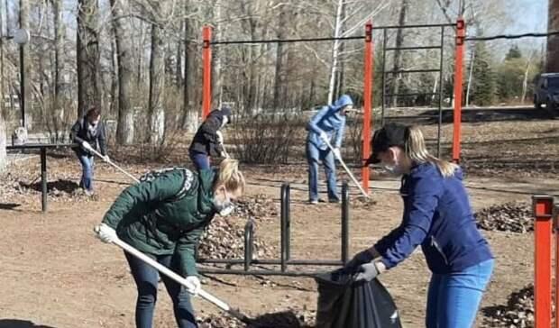 Более 60 субботников провели в Ижевске за неделю