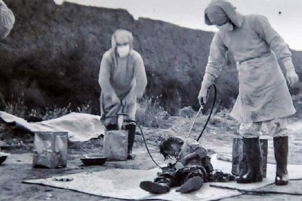 Раскрыты подробности испытаний на людях биооружия Японией
