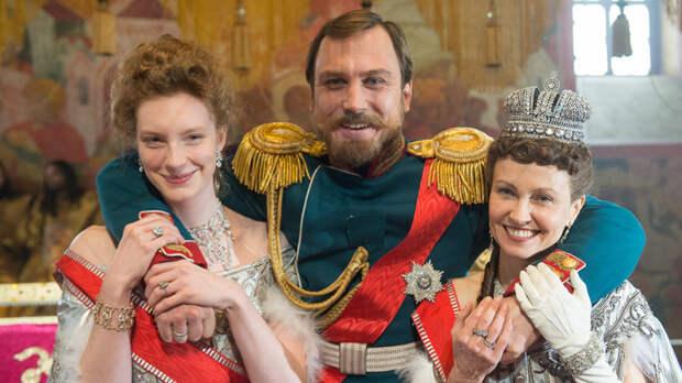Реквием по Монархии или пляски на костях?