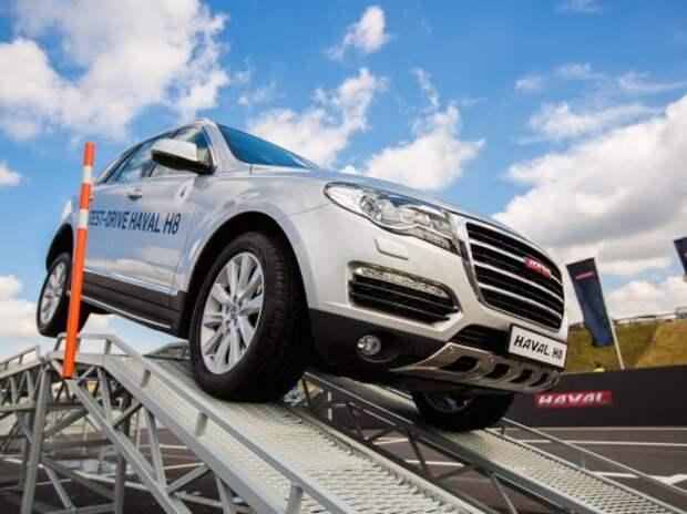Great Wall возобновит продажи «премиального» внедорожника H8 в январе