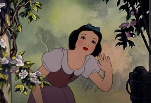 Дятлов высмеял решение Disney запретить белокожих героев