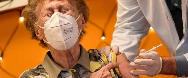 Отсрочка второй дозы вакцины от COVID-19 усиливает иммунный ответ в 3,5 раза
