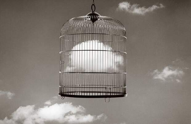 ФОТОВЫСТАВКА. Chema Madoz: черно-белый сюрреализм