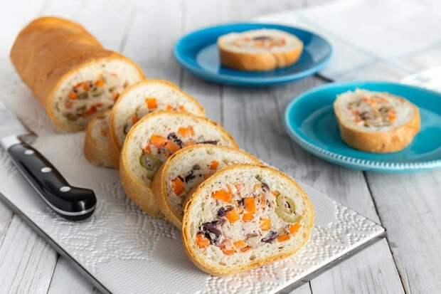 Фаршированный багет: закуска, которая разлетается со стола