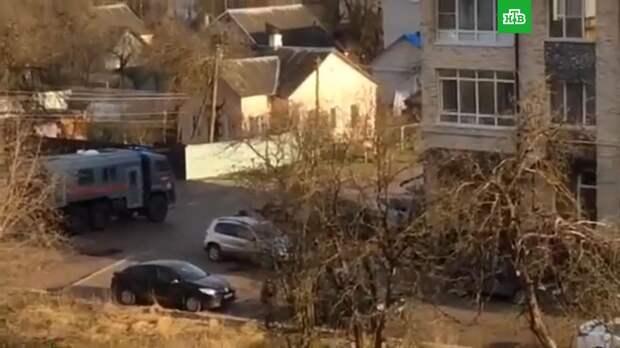 Пьяных мужчин задержали за стрельбу из окон в Смоленске
