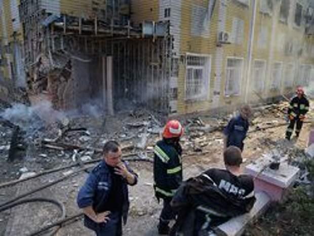 Новость на Newsland: Свыше 100 заключенных сбежали из колонии в Донецке после обстрела
