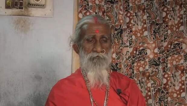 В Индии скончался йог, проживший более 70 лет без еды и воды