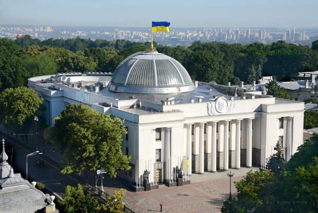 Зеленского призвали объявить мобилизацию для войны с Россией