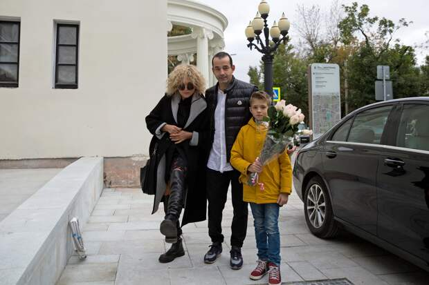 Дмитрий Певцов: вера в Бога спасла…