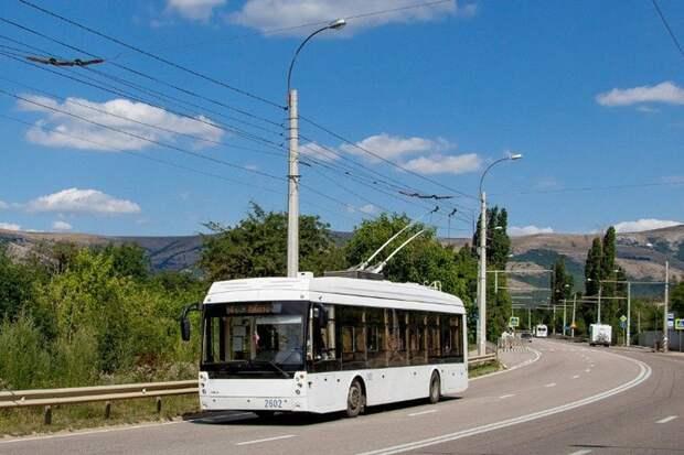 В троллейбусах между Симферополем и Ялтой запустят экскурсионное сопровождение