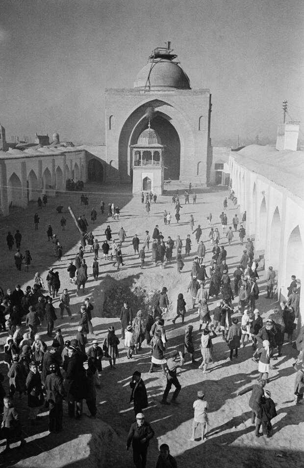 Узбекистан. Школа в мечете