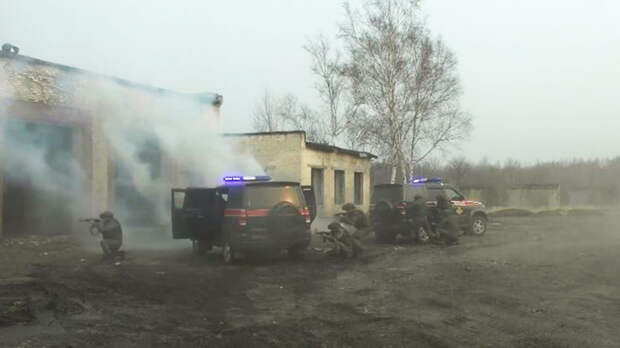 Военная полиция ВВО отработала отражение атаки «противника» на автоколонну под Хабаровском