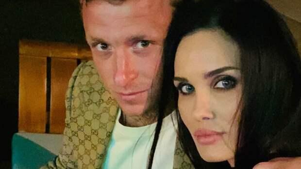 """Алана Мамаева заявила, что готова встречаться с """"обычным козлом"""""""
