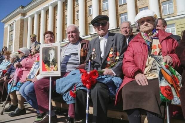 Новые власовцы хотят разрушить российскую историю