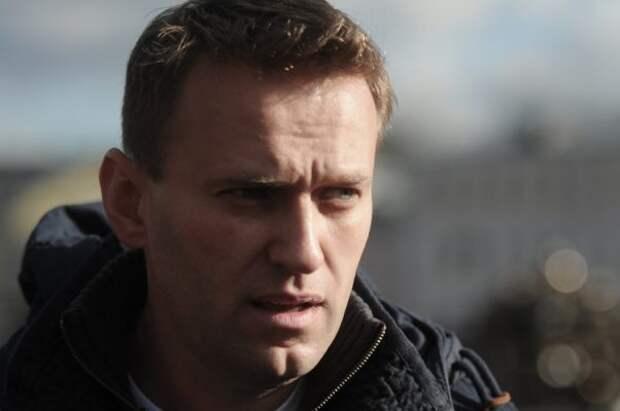 «Люба, вперед!»: Навальный и Соболь присвоили ФБК заслуги Следственного комитета в деле о питании московских детей