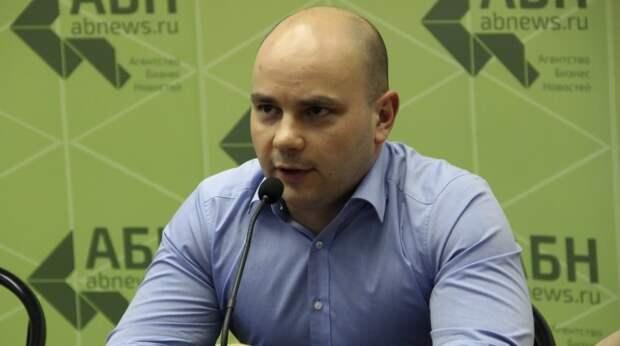 Задержан соратник Ходорковского Андрей Пивоваров