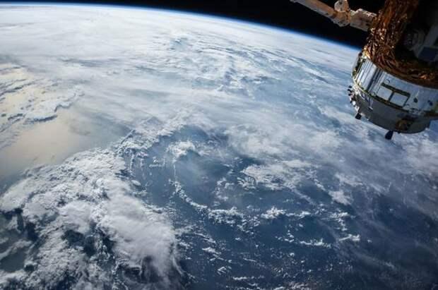 Эксперт Алексей Подберёзкин оценил слова генерала США о российском оружии против спутников